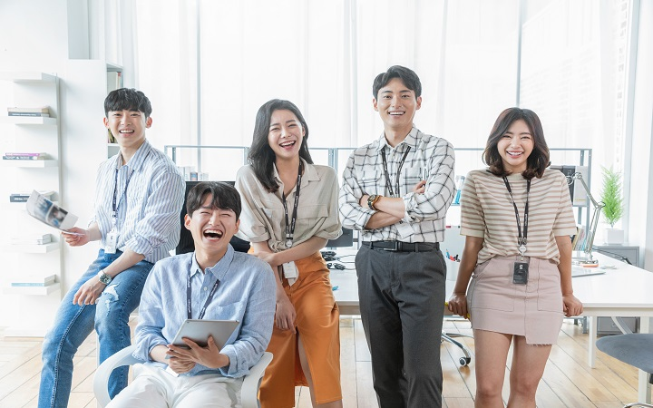 [30대] 패션매장 IT기술,서비스 활용에 대한 연구 - 나우앤서베이